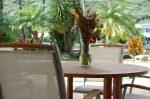 ハワイカイ・マリーナの見える家 プールサイド