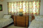 ホワイトハウス・オンザビーチ ベッドルーム3